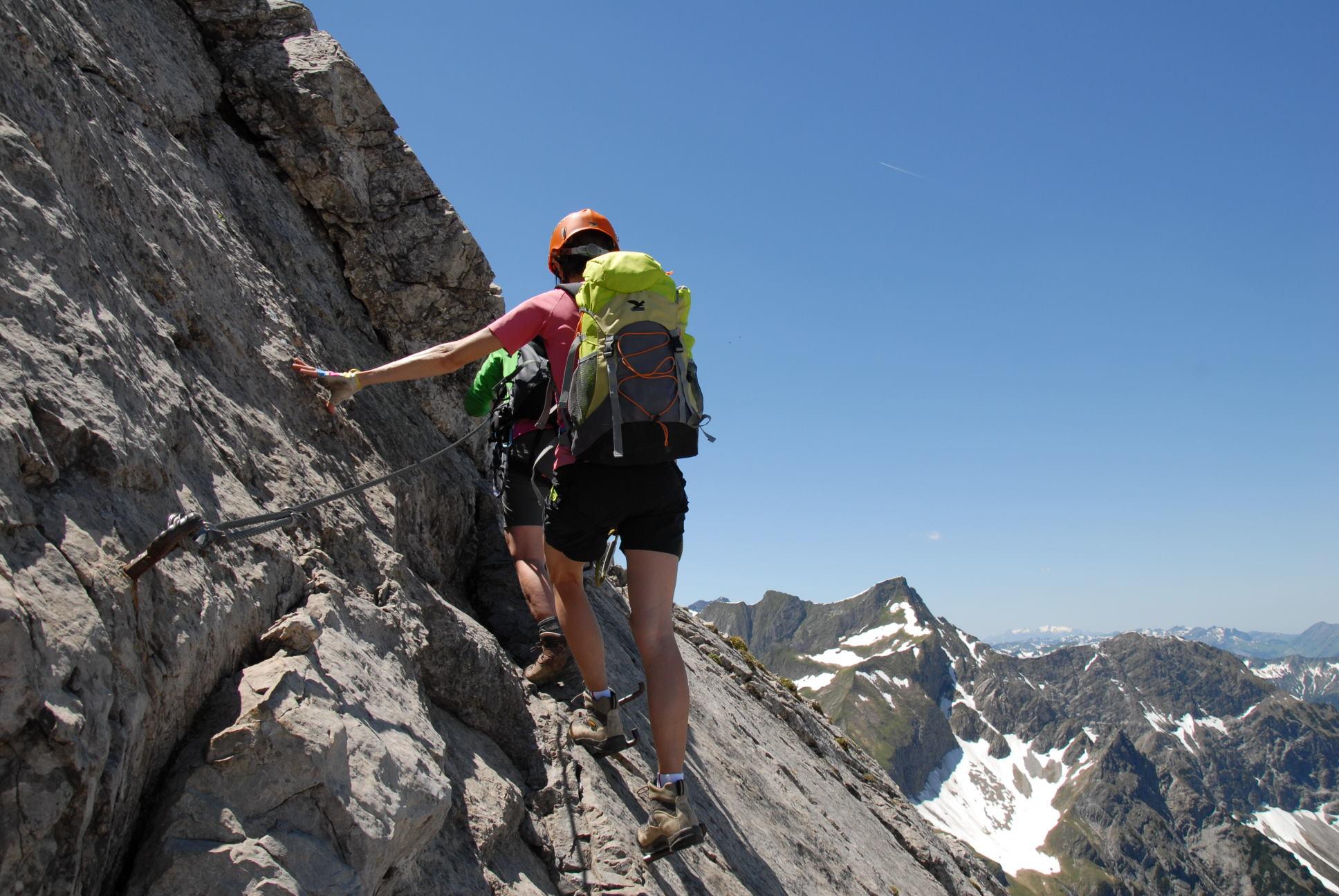 Klettersteig Ausrüstung : Klettersteigausrüstung via ferrata klettersteige